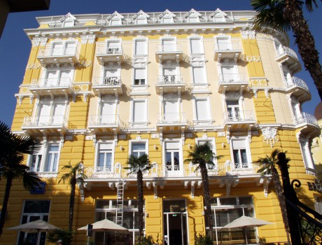 THE BRISTOL HOTEL – reconstruction