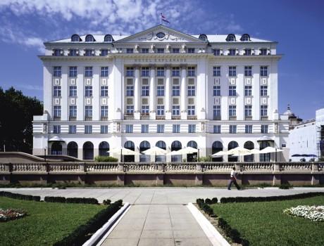 THE REGENT ESPLANADE HOTEL – reconstruction